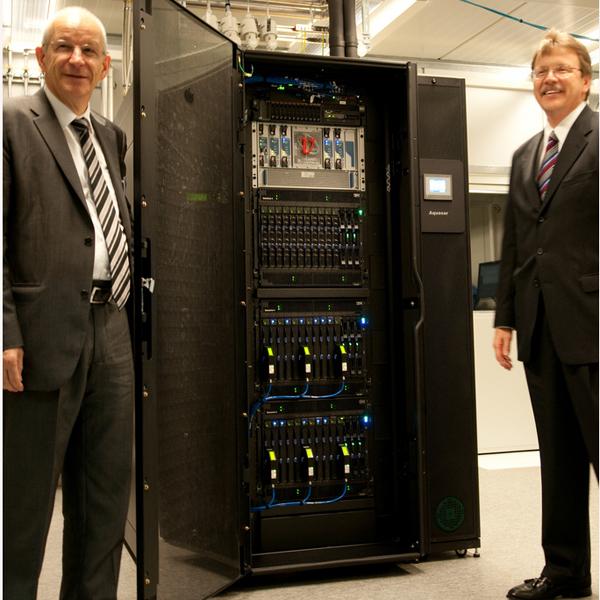 ETH Zurich and IBM Rüschlikon Announce Aquasar