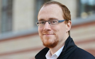 The computer scientist Torsten Hoefler will be awarded the Latsis Prize of ETH Zurich 2015. (Photo: Peter Rüegg, ETH Zurich)